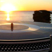 Erno Beach - dj - musica live