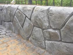 Отделка подпорной стены штукатуркой флексцемент