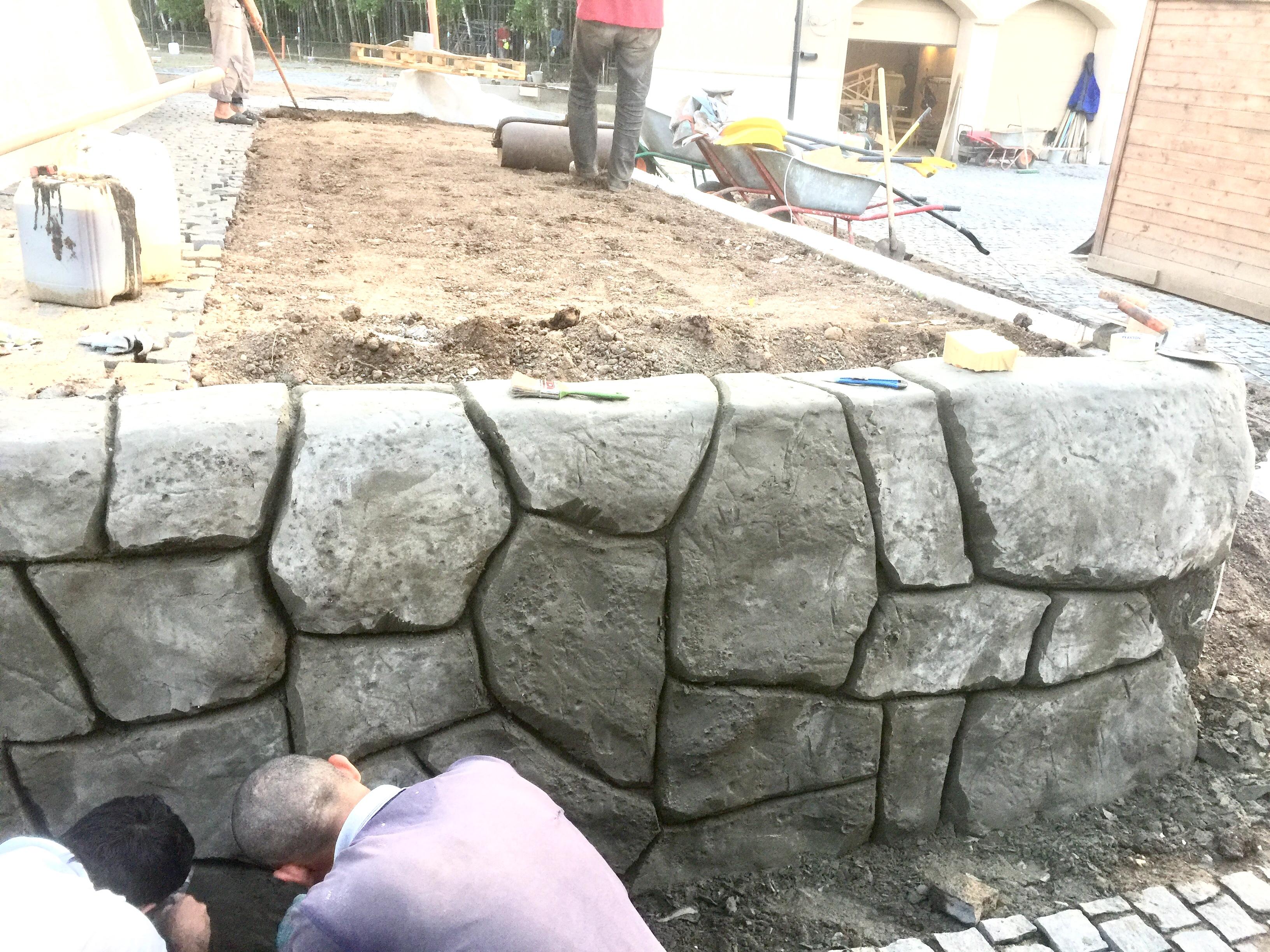 Облицовка стен под камень