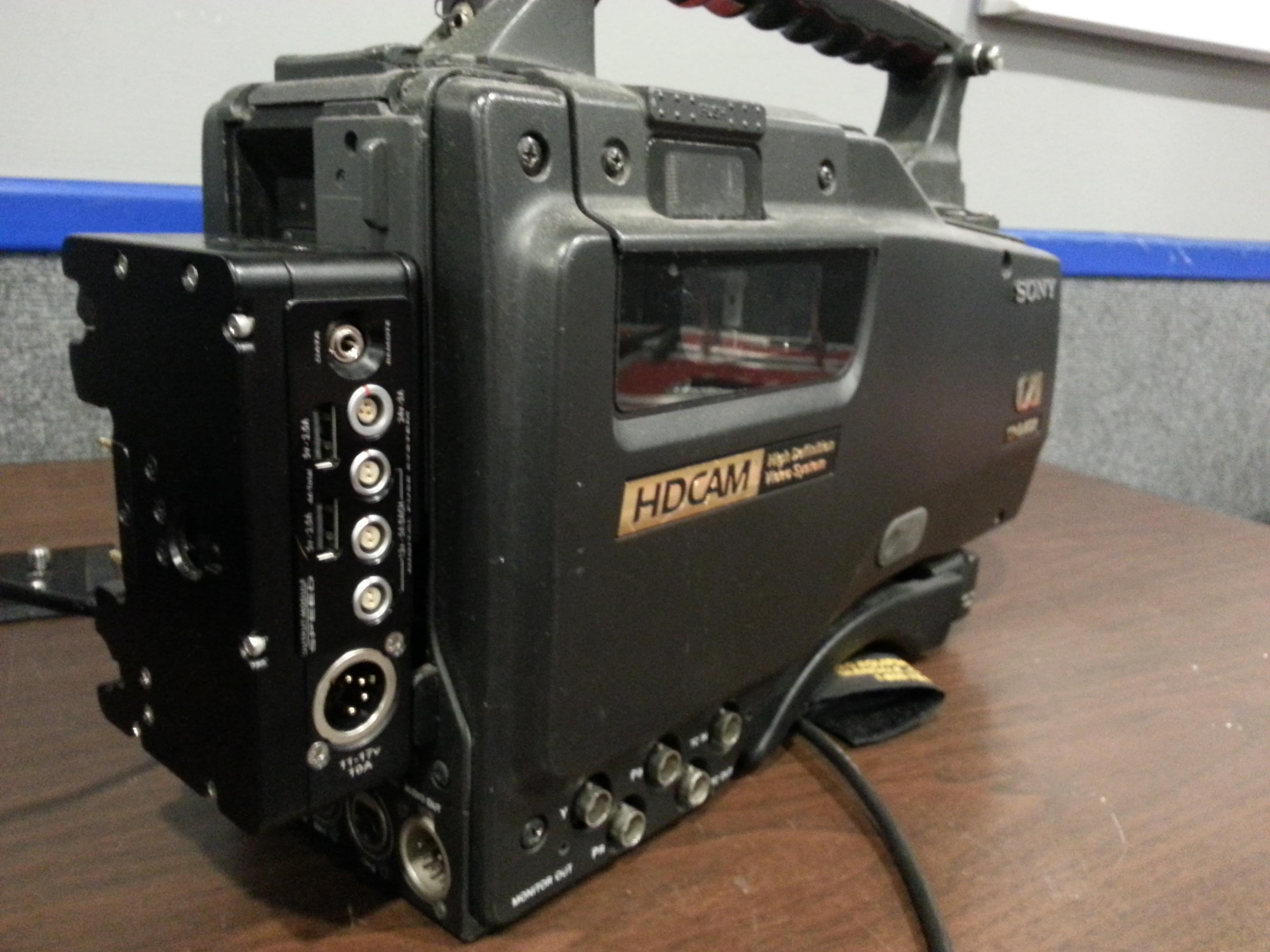 HDW-F900