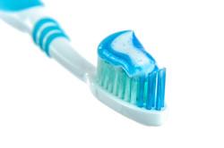 blue-bristle-brush-216729