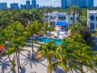 Fashion Icon Tommy Hilfiger Lists His Golden Beach Estate for $27.5 Million