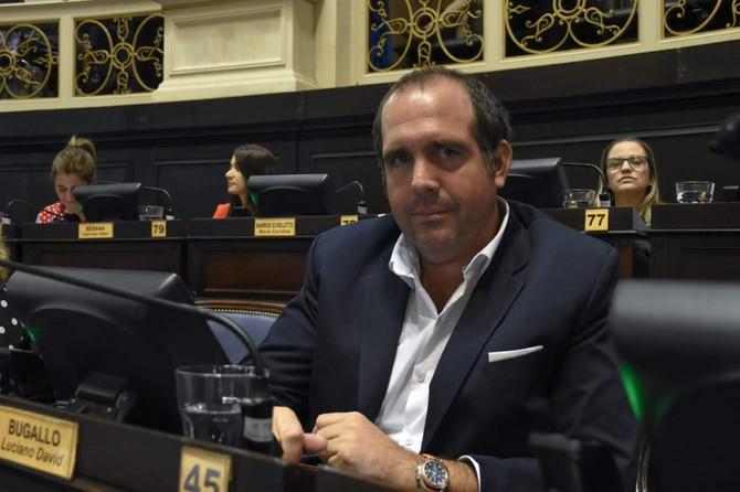 """""""El gobierno está con una agenda que no tiene nada que ver con las prioridades de los argentinos"""""""