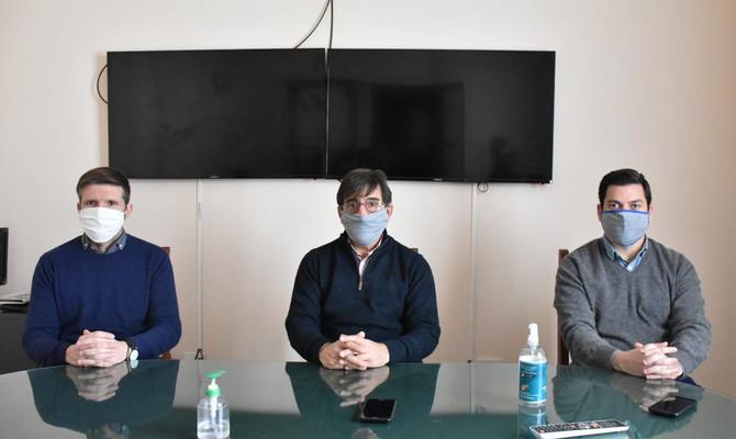 """Dr. Arturo Pertosa """"Muchas verdulerías han cerrado porque los empleados han mantenido contacto estre"""