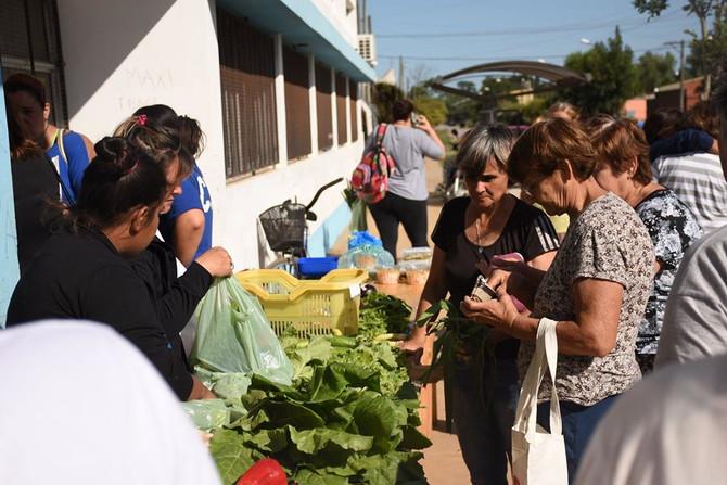 Presentación de la Feria Popular en el CIC del Barrio Sur