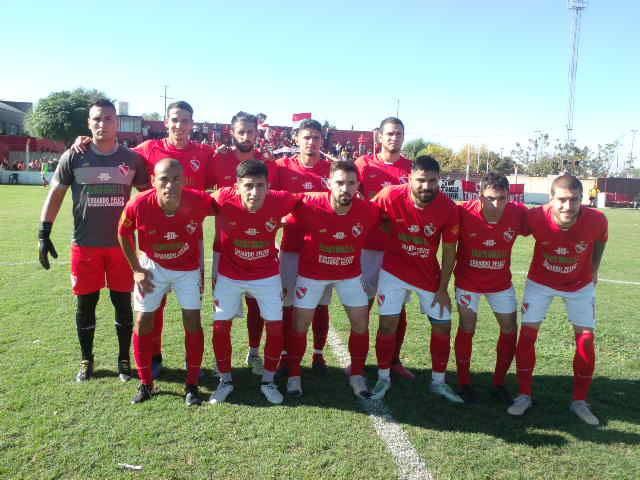 Fútbol Independiente hizo lo que debía y quería para avanzar a las semifinales