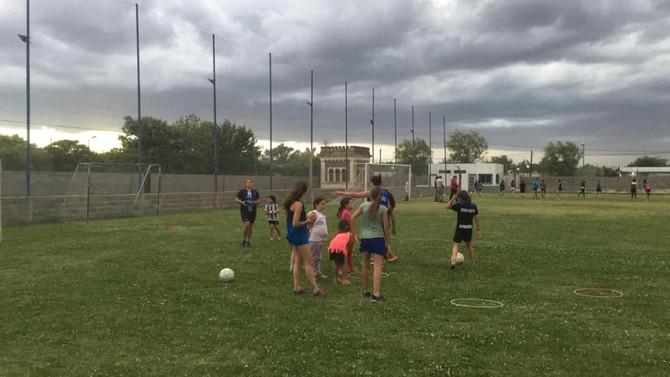 """Fútbol Femenino """"Me llegó la propuesta para formar parte y no dudé en venir"""", subrayó Pereyra"""