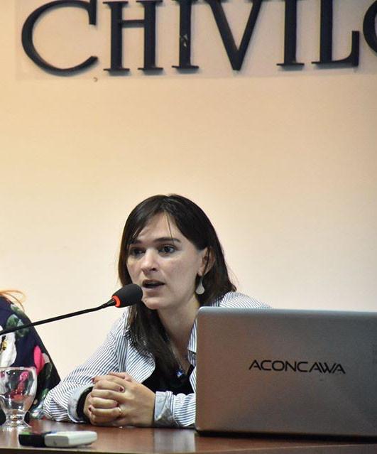 """Nadia Cambón: """"En este ciclo de tres charlas estamos repensando los temas educativos"""""""