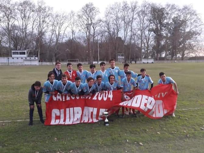 Fútbol Independiente campeón del Torneo Apertura de la Sexta División