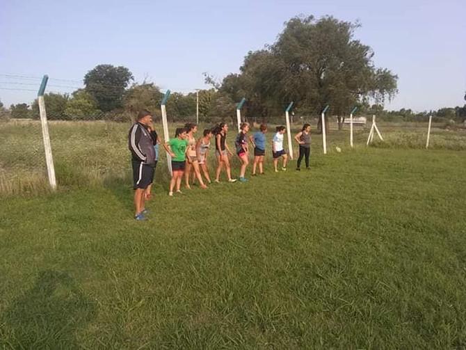 Fútbol Rivadavia también prepara un encuentro femenino