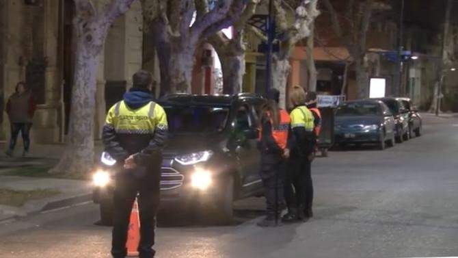 Fuertes operativos nocturnos en diferentes sectores de la ciudad