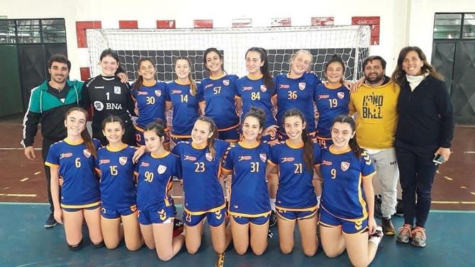 Handball Independiente clasificó y hoy intentará ganar el grupo en Mendoza