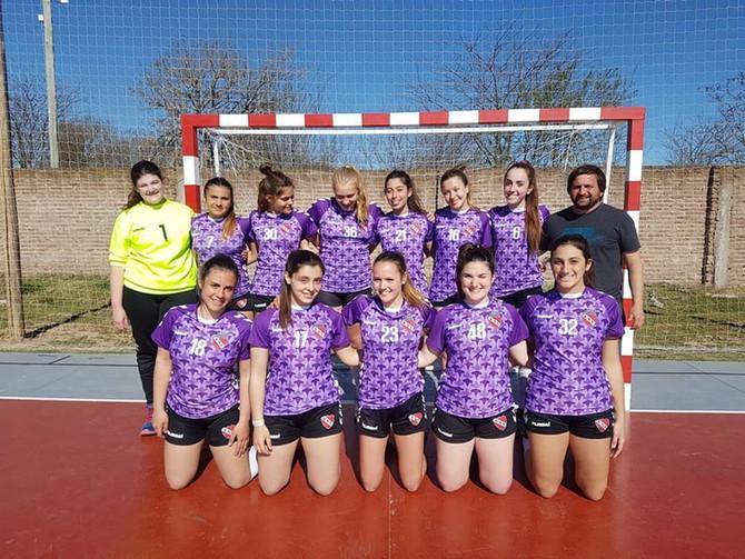 Handball  'Súper' e Independiente en la 'A', Estudiantes de Olavarría en la 'B', Bonifacia y Tapalqu