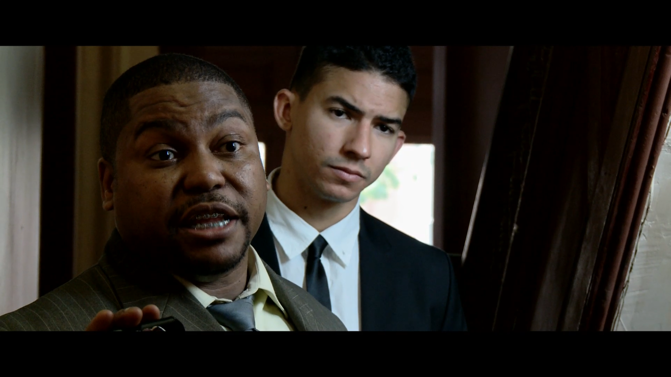 Detective Ray Hernandez. Suspect Search Scene-Not Guilty (2014)