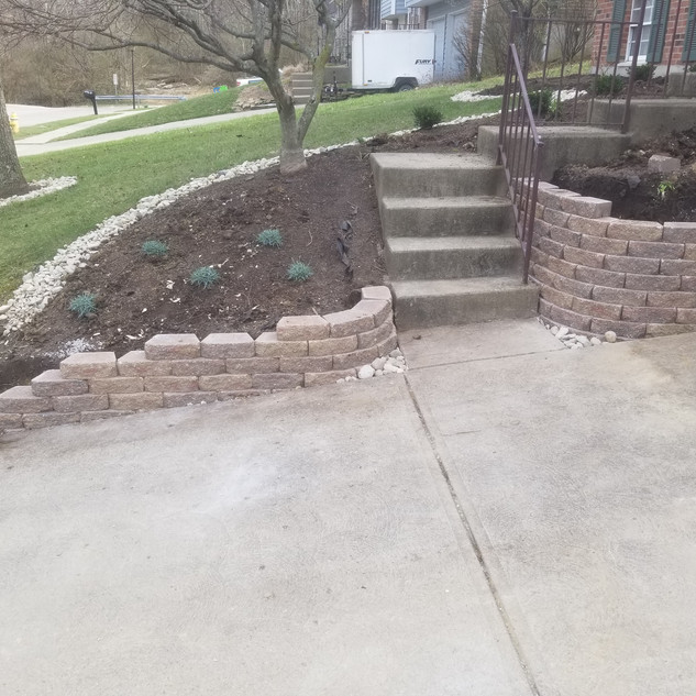Retaining wall and landscape install