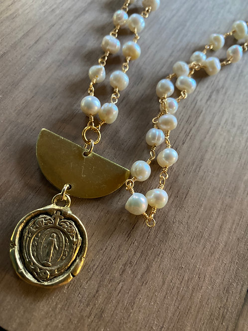 Pearl Chain Rosary With Mary Heart Medal