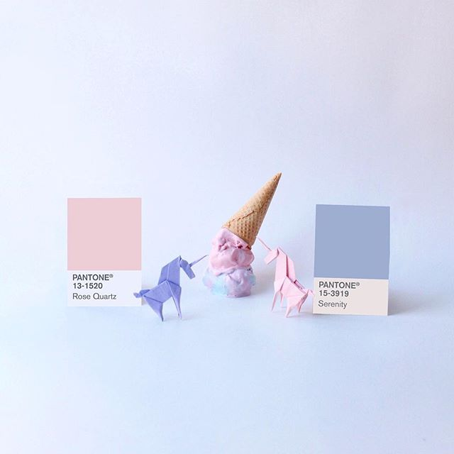 Color of the year 2016 rose quartz + serenity 🦄✨For the first time, two colores in whimsical harmon