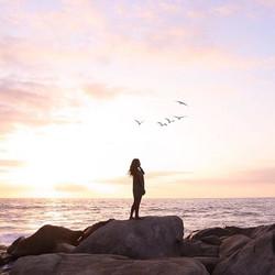 Disfrutar del aquí y del ahora, unos de mis propósitos para este verano ✨☁️☀️💕 #CoronaSunsets _coro