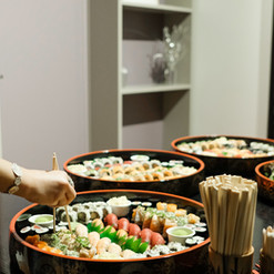 Sushi Catering 10.jpg