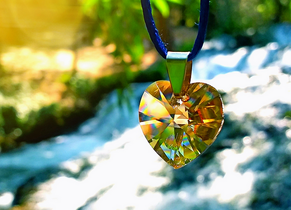 Colgante Corazón Iluminado / Enlighted Heart Pendant