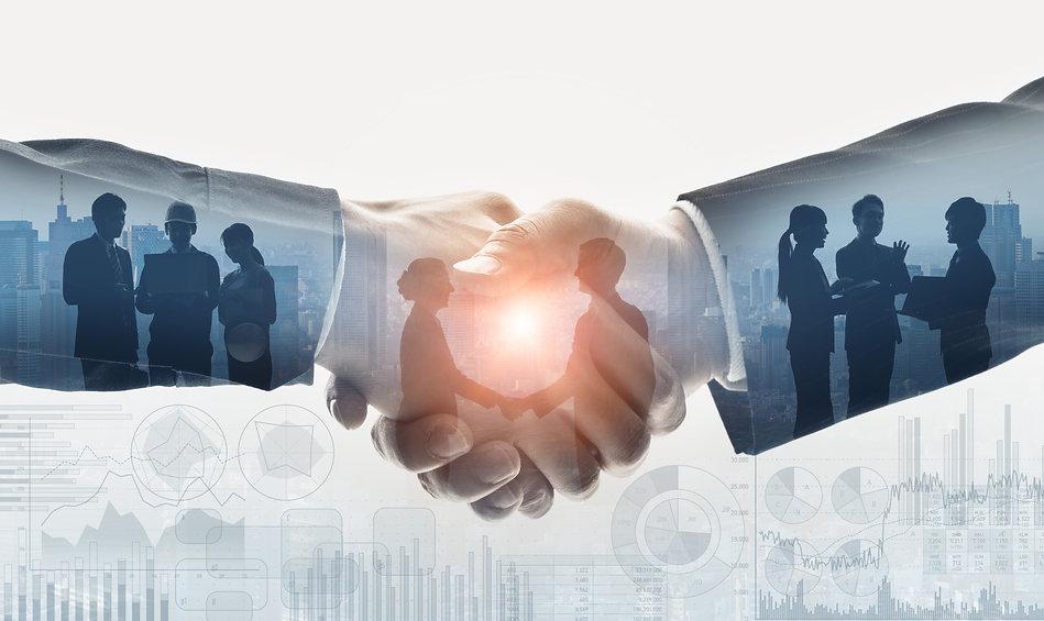 Business communication concept. Marketing. Shaking hands. Teamwork..jpg