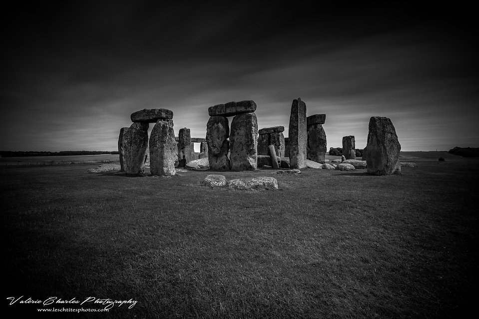 stonehenge the cosmic window b&w 1 fili