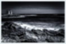Presqu'ile de Quiberon , cote sauvage , chateau Turpault, art noir et blanc intense pose longue