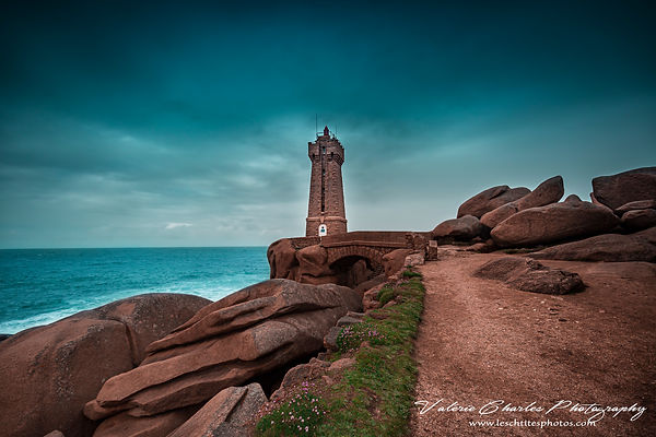 Phare de Ploumanach, Perros Guirec, serie bretagne in a blue dress