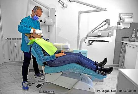 Ergonomia, igiene, facile operatività, interventi indolori ed aggiornamento continuo. Cura di adulti e bmbini