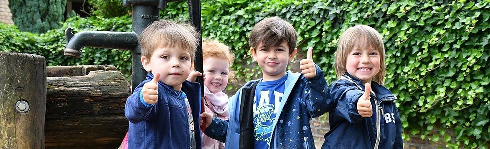 Sommer Kinder Daumen hoch-headerformat.jpg