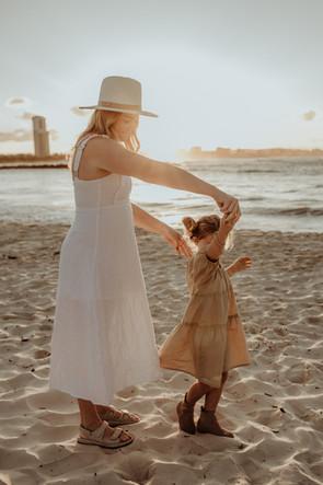 GOLD COAST BIRTH PHOTOGRAPHER TIARNE CARNEY
