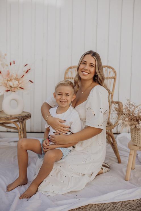 `GOLD COAST BIRTH PHOTOGRAPHER TIARNE CARNEY