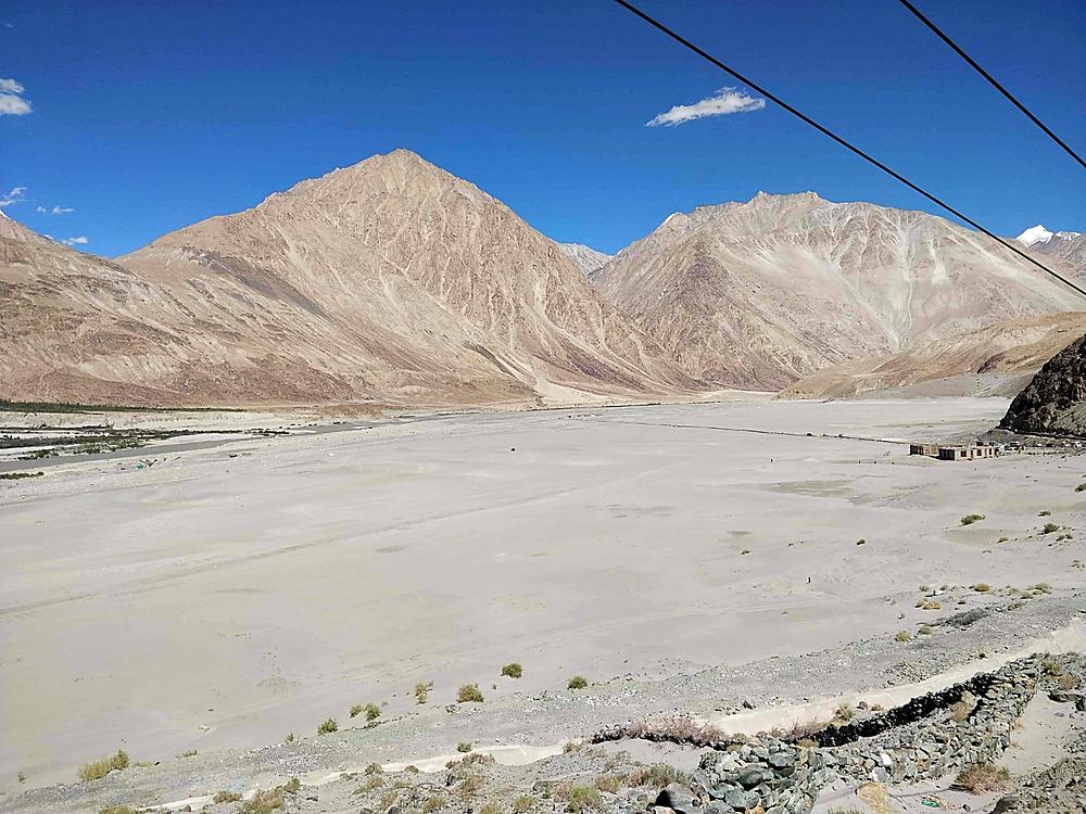 Glimpse of Nubra Valley