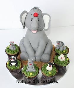 Elephant and Friends cake