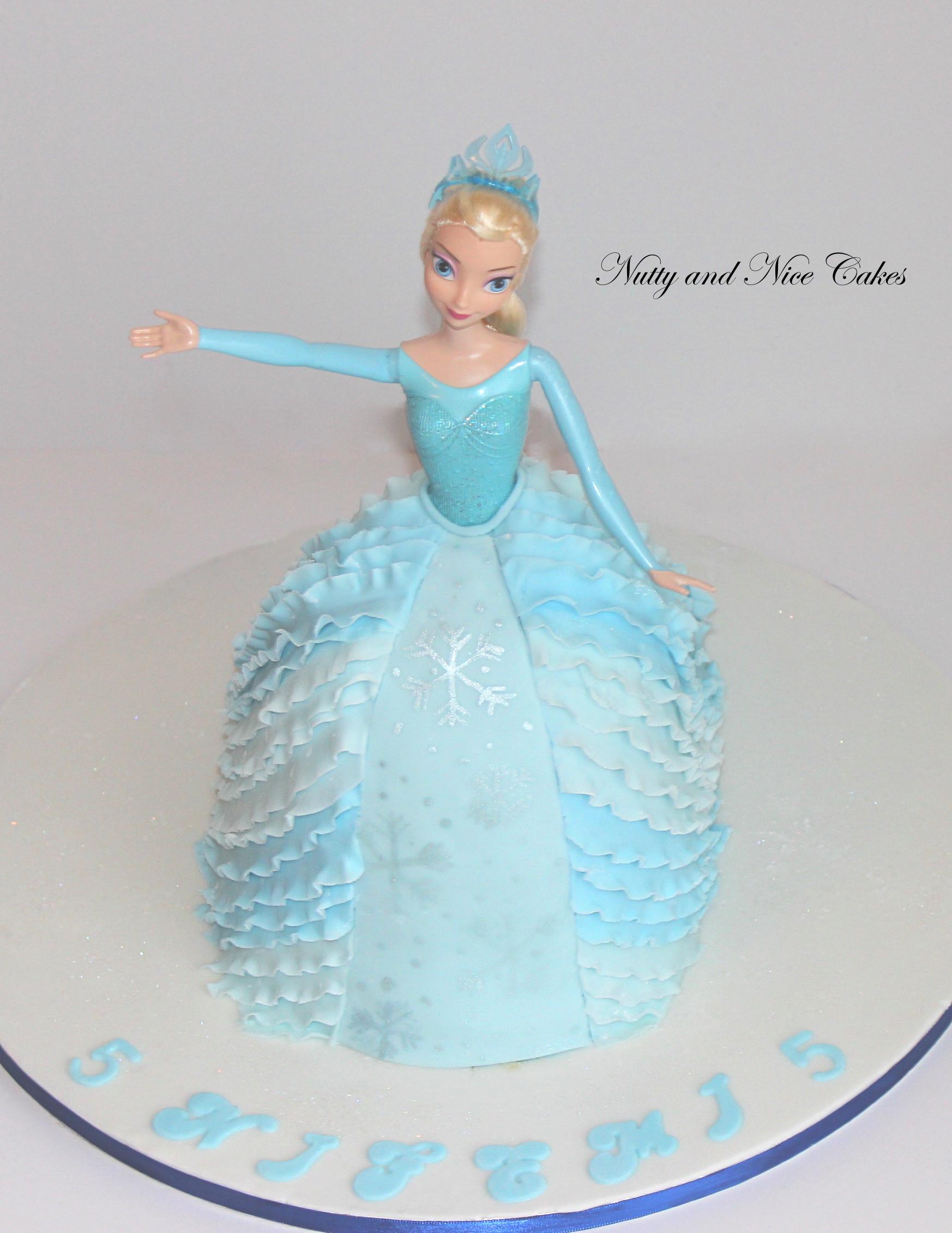 Elsa Cake1