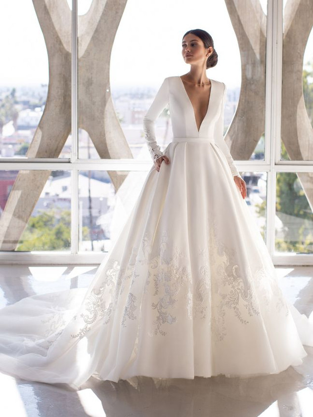Pronovias Brown