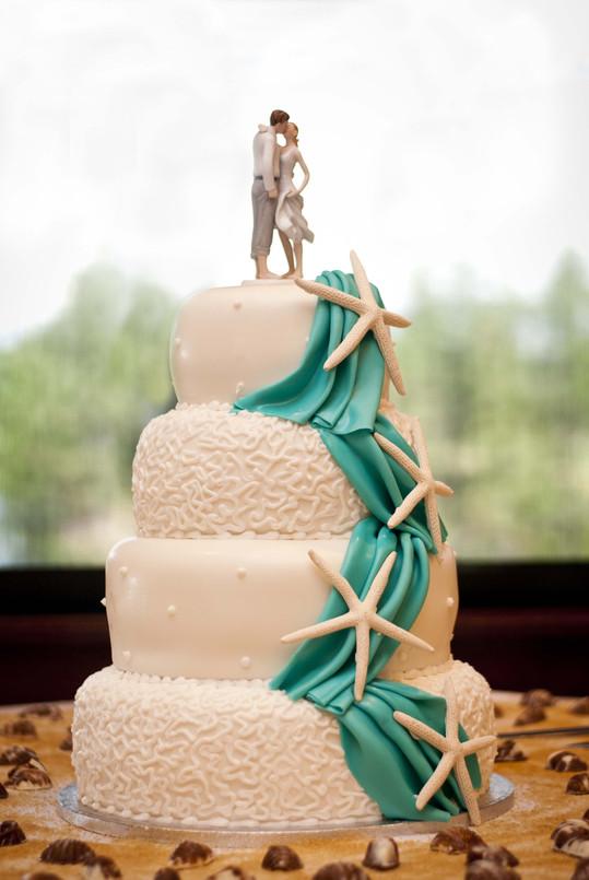 beach-wedding-cake-decorations.jpg