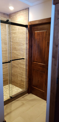 Eelman Shower Door.jpg