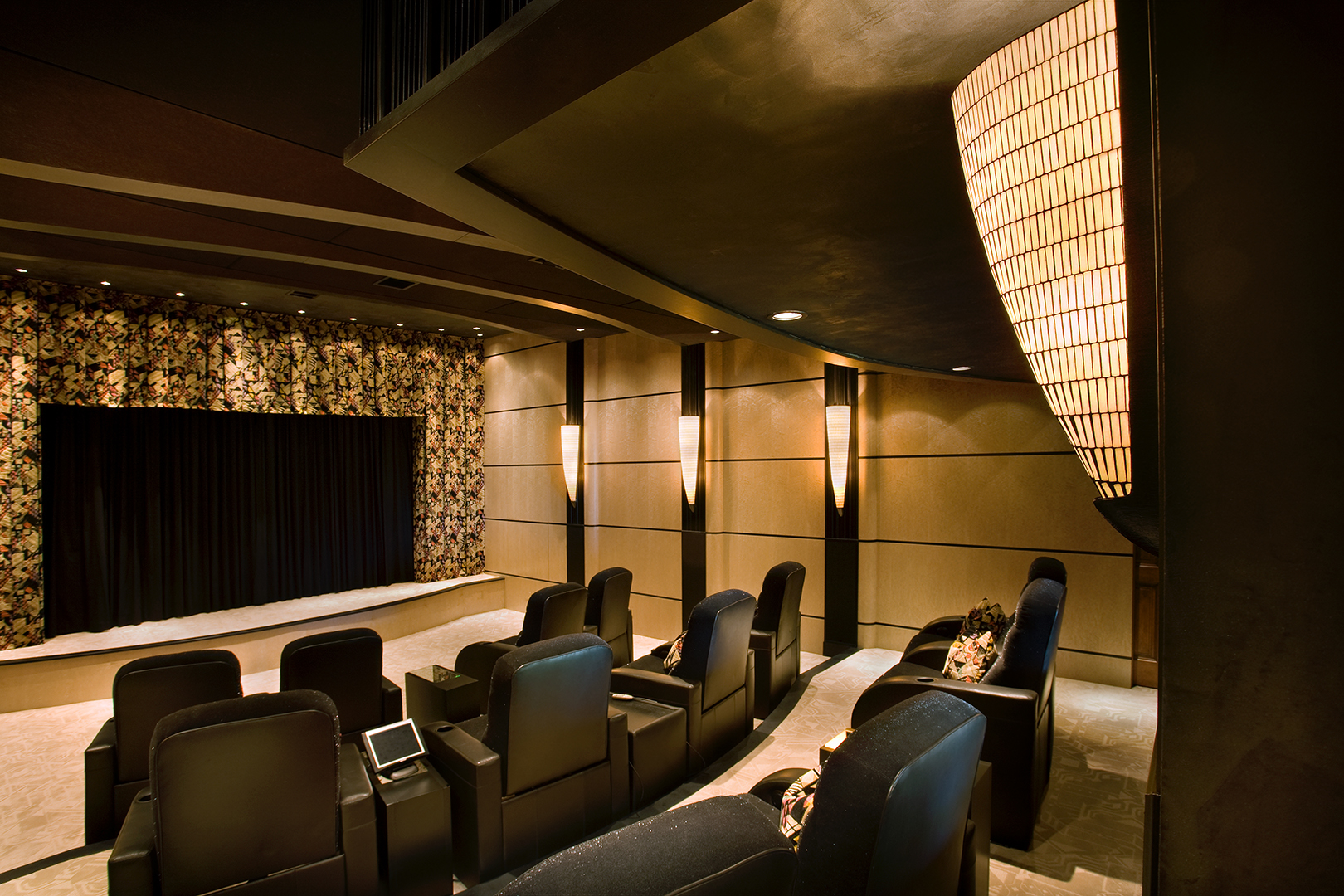 Custom home theater lighting design