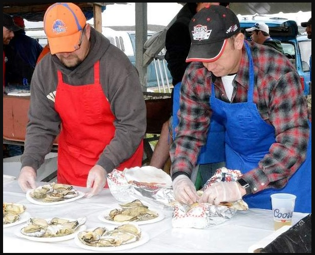 2015 Oyster Feed