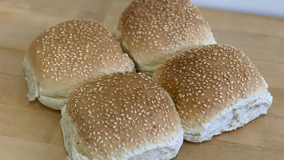 Pack 4x Soft Sesame Seeded Rolls