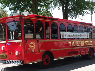 Wauseon Homecoming Parade features Team Johnson Trolley / Strawberry Fest Promotion