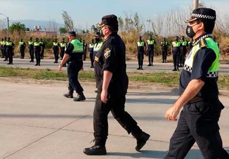 Pasan a retiro a 29 oficiales superiores y jefes de la policía