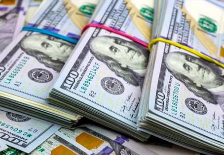 Se reduce la brecha: A cuanto cotizan los dólares este miércoles