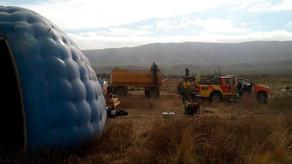 Continúan combatiendo el fuego en el límite con Catamarca