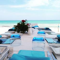 #lunch #beach #paradise #EscapadeDesStars #healthyfood _julienpersonnaz _olivierbarthelemy _victoria