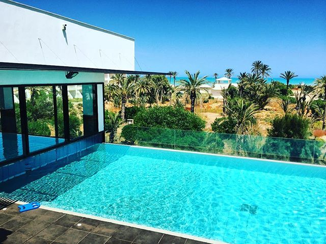 #thalasso #therapy #relax #escapade #djerba #spa #pool #palmtrees #beachlife #lifeinblue