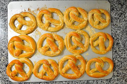 poochie pleasin' pretzels_friends of the animal village_dog treat recipe of the week