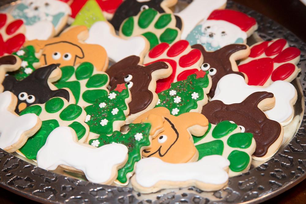 Santa Paws_Friends of the Animal Village_cookie.jpg