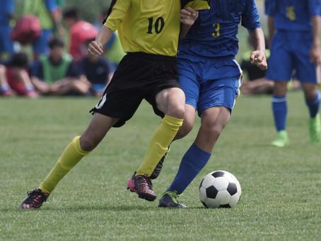 Você sabe como prevenir lesões que são causadas jogando futebol?